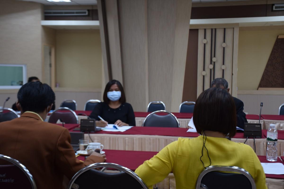 การประชุมคณะกรรมการกลั่นกรองกฎ ระเบียบ ประกาศ และข้อบังคับของมหาวิทยาลัย ครั้งที่ 7/2564-4