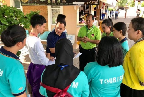 Department of Tourism, Nakhon Si Thammarat Rajabhat University warmly welcomes the International exchange students from 70 countries
