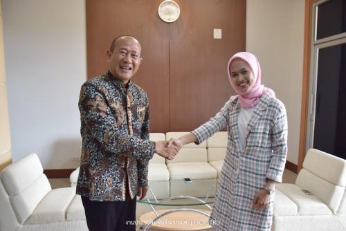 Indonesian exchange staff disseminates Bahasa Indonesian language and culture at NSTRU